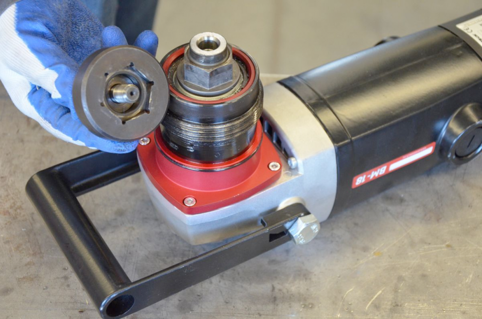 New, more durable milling heads that are easily replaced